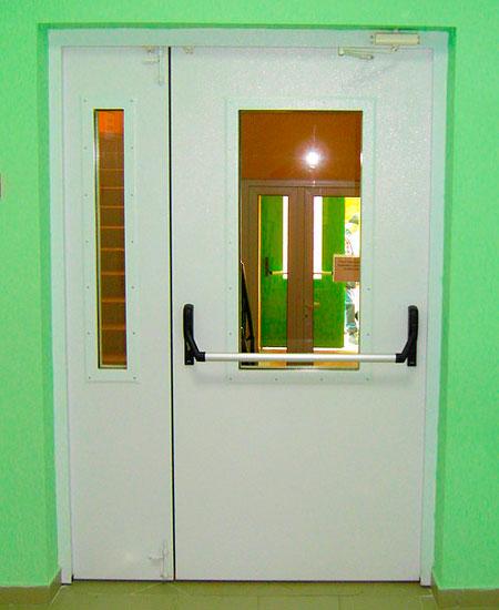 Противопожарные остеклённые двери